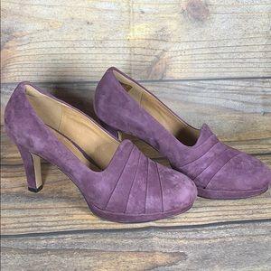 CLARKS artisan purple suede heels size 10